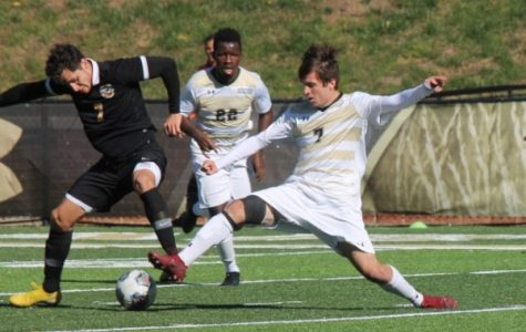 Men's soccer struggles offensively in final regular season game at RiverHawks