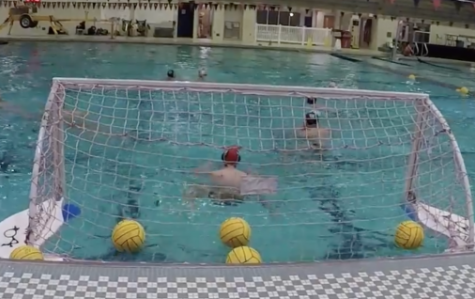 Men's waterpolo practices for nationals to win their fourth national title in five years. <br> Photo by Miguel Rincand