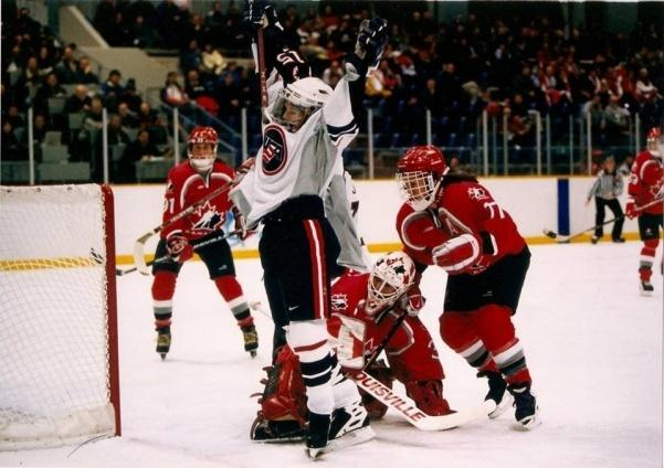 Shelley+Looney+celebrating+the+goal+she+scored+to+win+the+1998+Winter+Olympic+Games+in+Japan.+%3Cbr%2F%3E+Photo+by+USA+Hockey.+