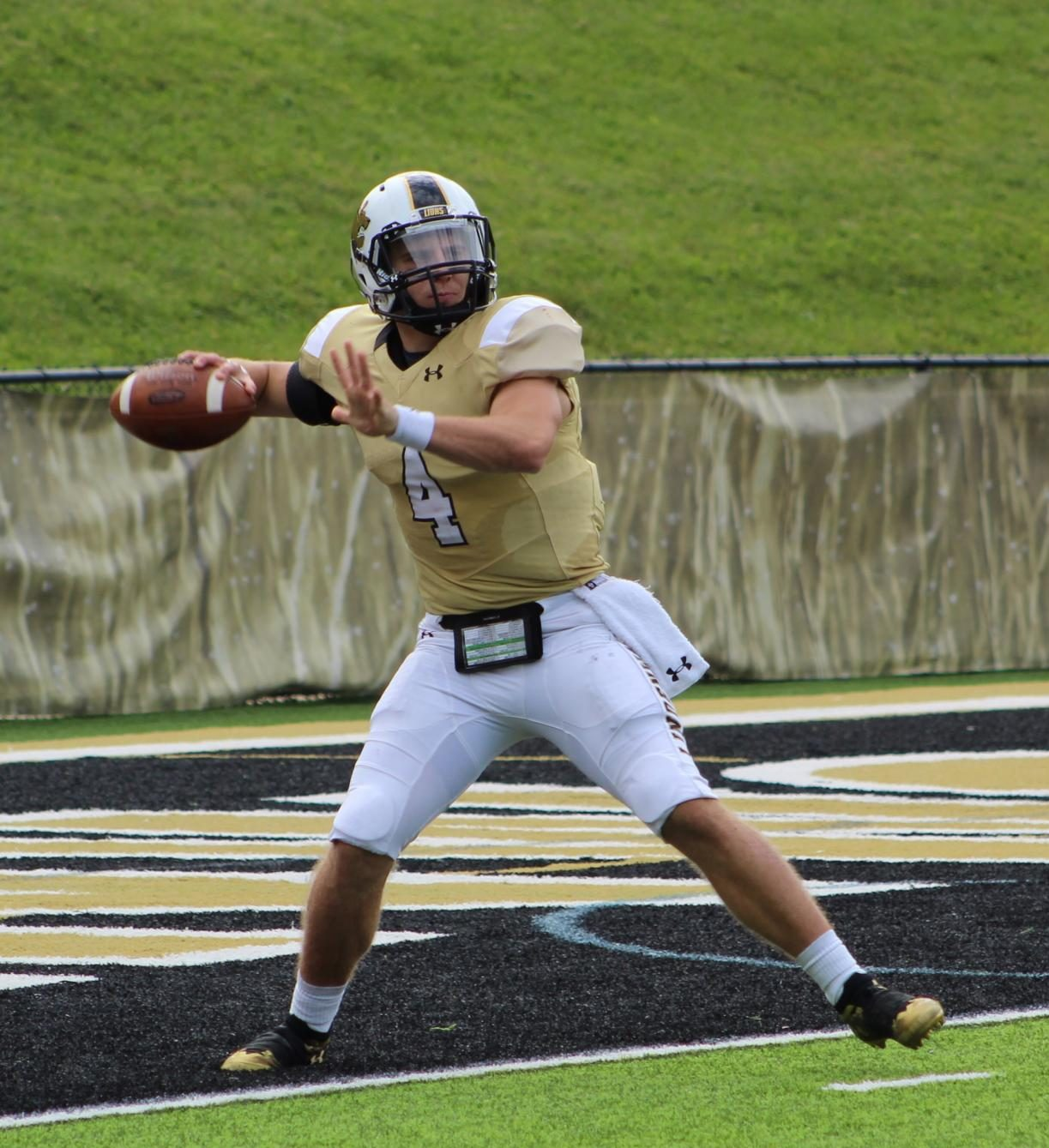 Lindenwood quarterback Cade Brister during the game against Saginaw Valley State on Oct. 2019.