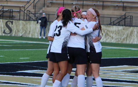 Women's soccer lose lead, tie with Missouri S&T