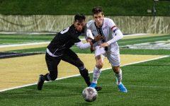 Men's soccer draws on Friday, wins big on Sunday