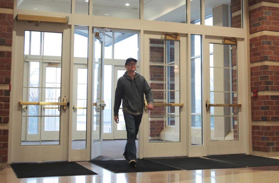 A Lindenwood student walks into the J. Scheidegger Center.