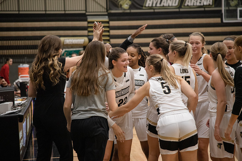 Lindenwood+prepares+to+break+out+of+their+huddle+during+their+season+opener+against+Pittsburg+State+on+Nov.+13.