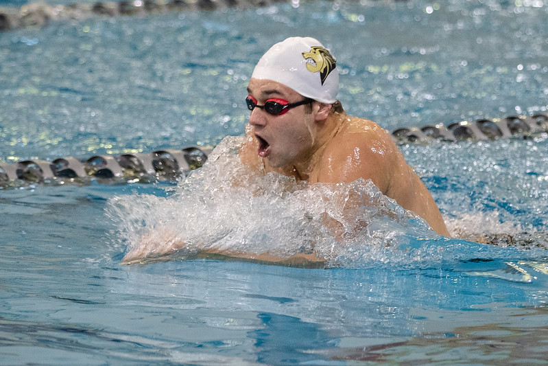 At the St. Peters Rec-Plex, the Lions compete in the Lindenwood Invitational on Oct. 26, 2019 in St. Peters, Mo.
