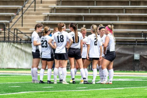 Lindenwood huddles up during their final game of the regular season against Lewis on April 19.